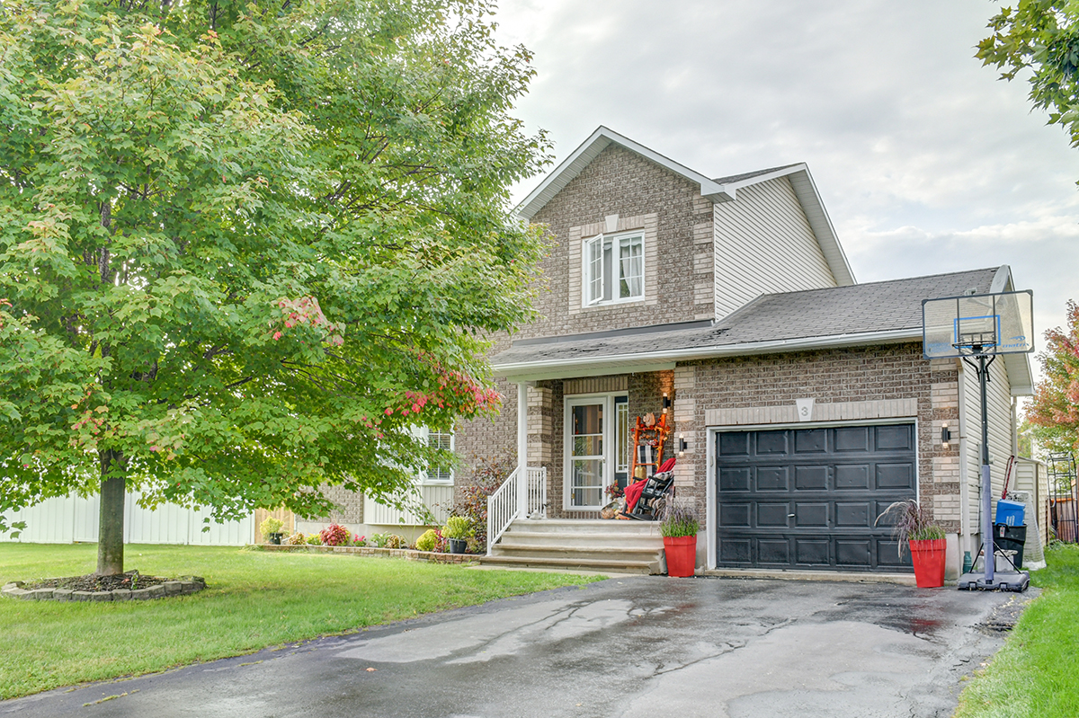 3 Normandie Ave. EMBRUN, ON K0A1W0